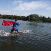 vrijgezellenfeest voor mannen bij zwembad en waterskibaan de IJzeren Man